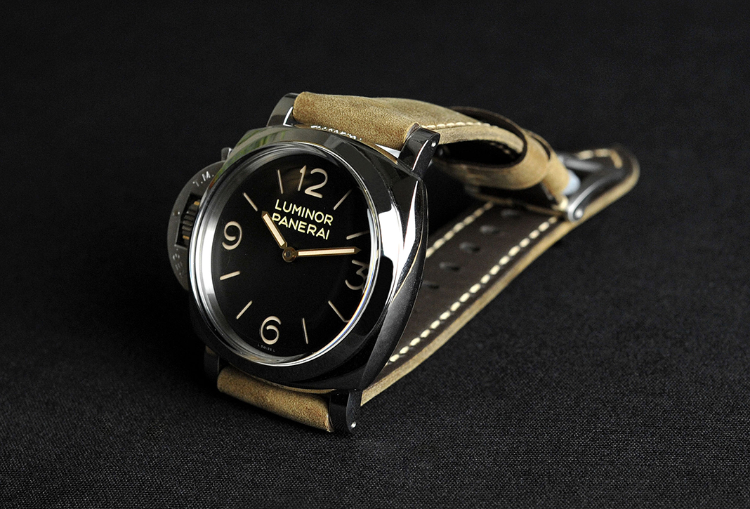 Panerai Luminor 1950 Left Handed