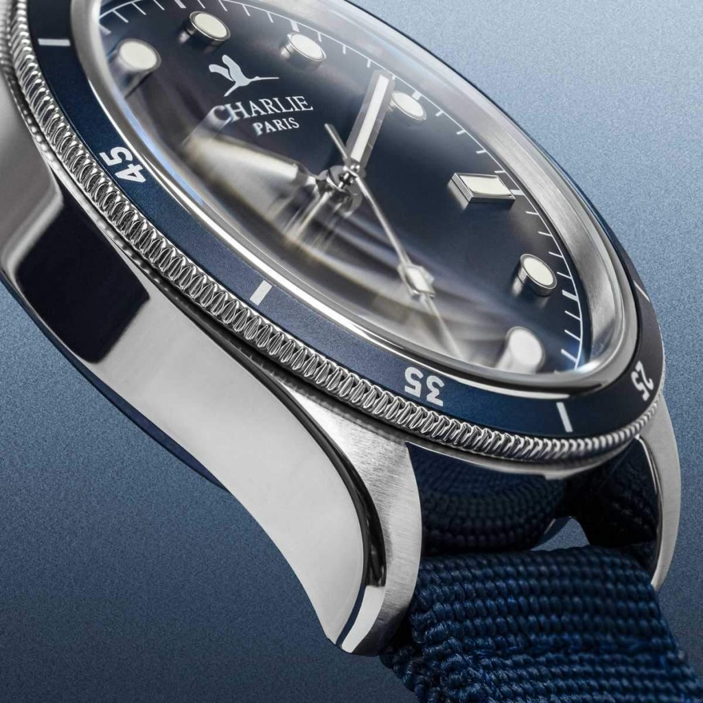concordia montre plongee homme automatique Detail Bleu 4 1200x